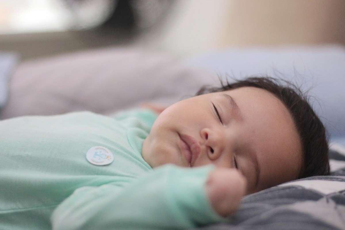 保证充足睡眠有助于长高
