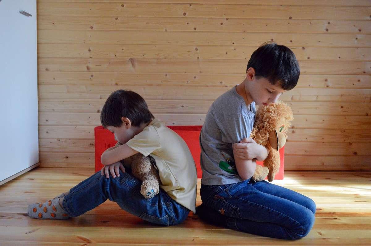 孩子儿童时期,多动症儿童同时会出现神经、精神或心理方面的问题